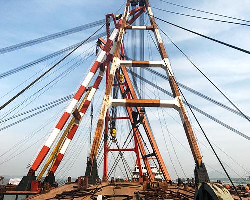 浮吊公司关于吊机工作原理介绍